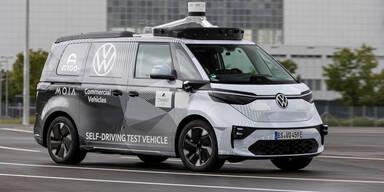 "VW zeigt autonom fahrenden ""Elektro-Bulli"""