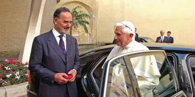 Der Papst fährt VW