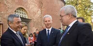 Vizeregierungschef nach Hassrede gegen Roma verurteilt