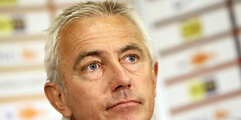 Van Marwijk fühlt sich beim Nationalteam wohl