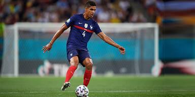 Fix: Real-Star Varane wechselt zu Man United