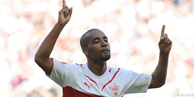 Cacau verlängerte beim VfB Stuttgart