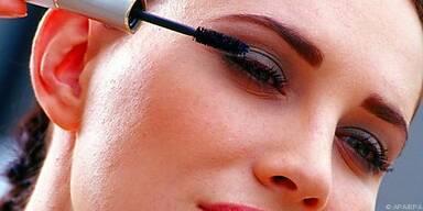 Verschiedene Augen brauchen verschiedenes Make-up