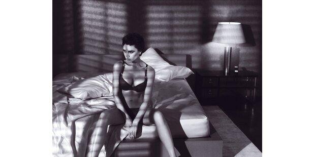 Sexy: Victoria Beckham in Armani-Unterwäsche