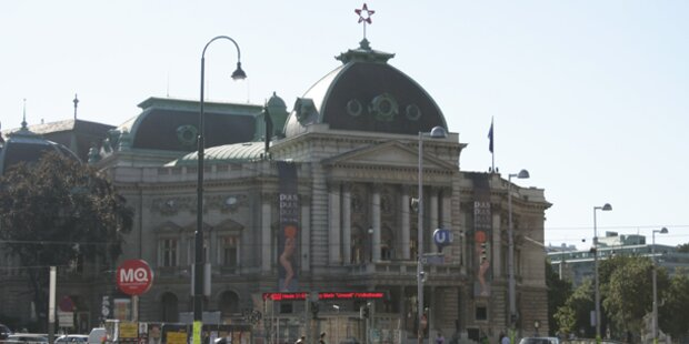 Volkstheater mit 7 Ur- und Erstaufführungen