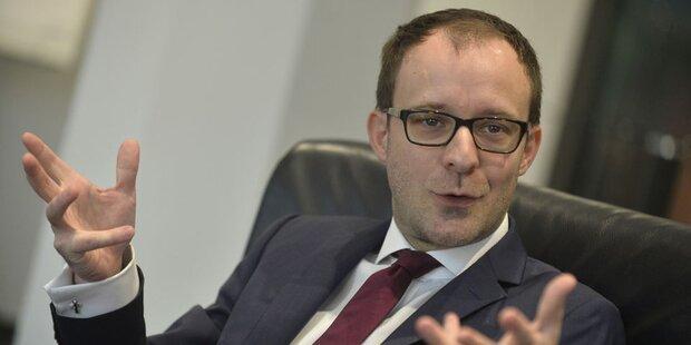 Neuer Allianz-Chef macht Tempo