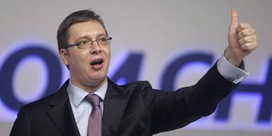 Nach Wahlsieg: Vucic, der Serben-Orban?