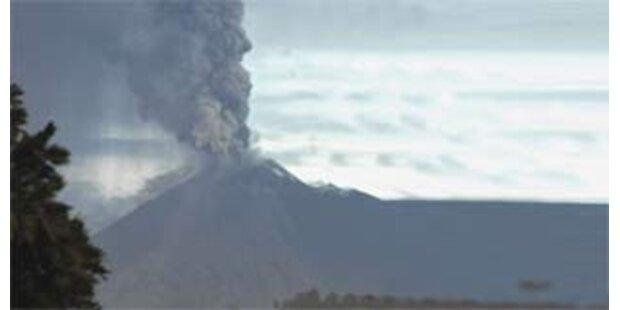 Hunderte Menschen nach Vulkanausbruch geflüchtet