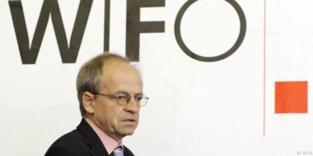 Wifo: Steuern auf Arbeit halbieren
