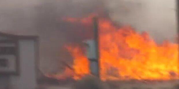 USA: Buschfeuer durch Sturm außer Kontrolle