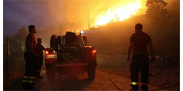 Verheerende Brände toben auf Sizilien