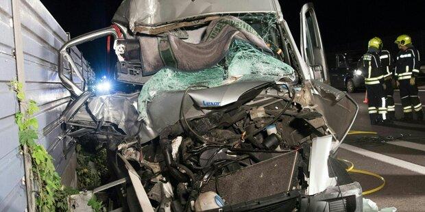 Beifahrerin bei Horror-Crash auf A 25 getötet