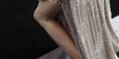 Wem gehören diese dürren Beine? jolie