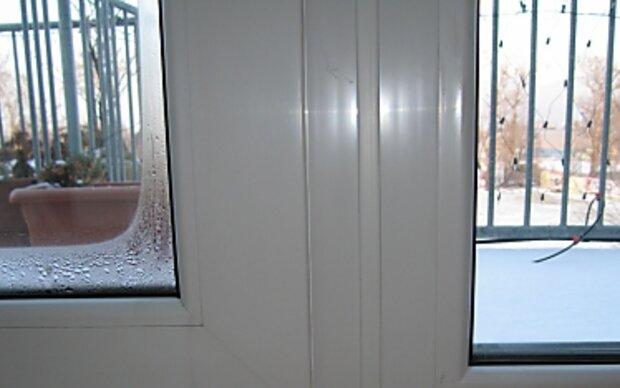 Feuerzeugtest zeigt Zahl der Fensterscheiben