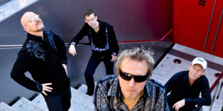 Wishbone Ash spielen grundsoliden Rock