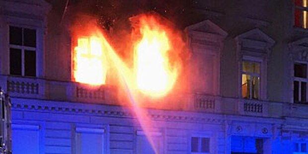 Wohnungsbrand: Sechs Personen im Spital