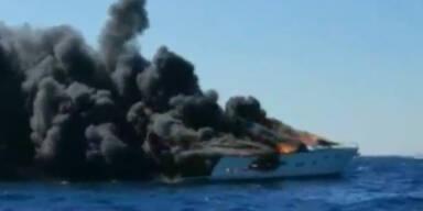Miami: Luxus-Yacht fängt vor Küste Feuer
