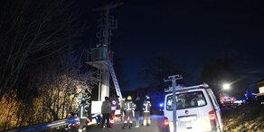 14-Jähriger steigt auf Strommast – tot