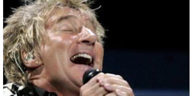 Rod Stewart rockte die Stadthalle