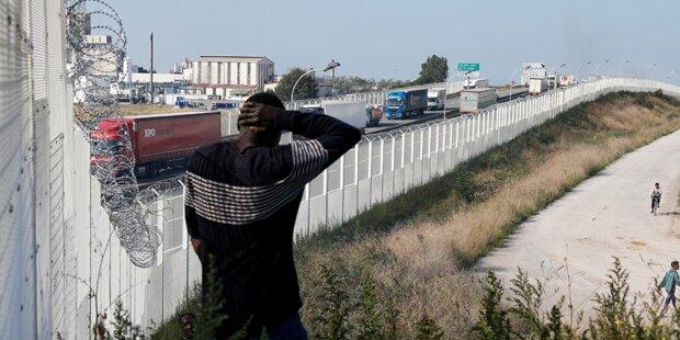 Briten bauen Mauer gegen Flüchtlinge