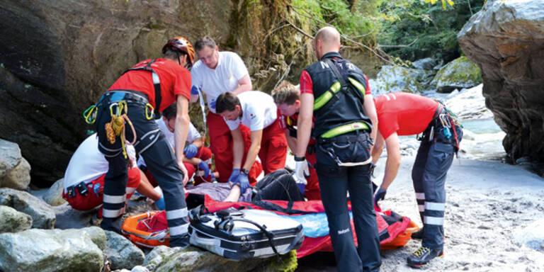 Tiroler Pfarrer stürzt ab – Lebensgefahr
