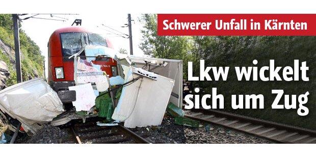 Schwerer Unfall: Zug rammt Lkw