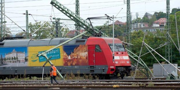 Intercity in Stuttgart entgleist: Mehrere Verletzte