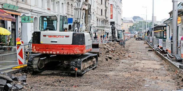 Skandal: Kein Arbeiter auf Mega-Baustelle in Wien