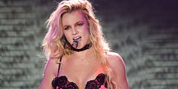 Britney Spears krächzt in