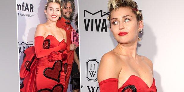amfAR: Miley Cyrus hat sogar was an