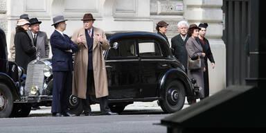 Nazis, Trenchcoats und Oldtimer in Wien