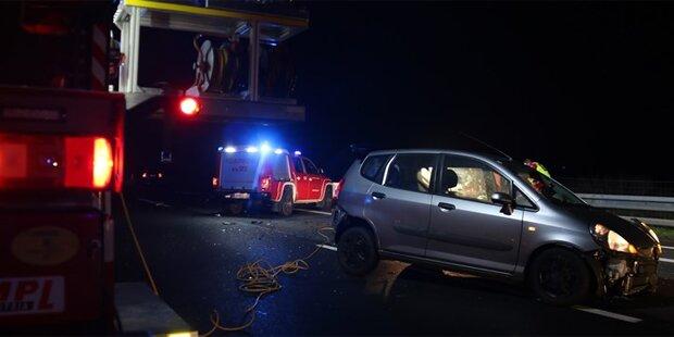 A2 nach schwerem Unfall gesperrt