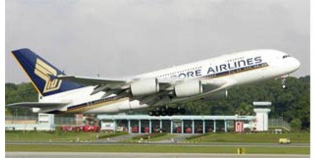 A380 startete zum ersten Linienflug