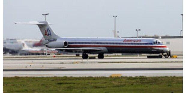 Flugzeug mit 138 Insassen in Florida notgelandet