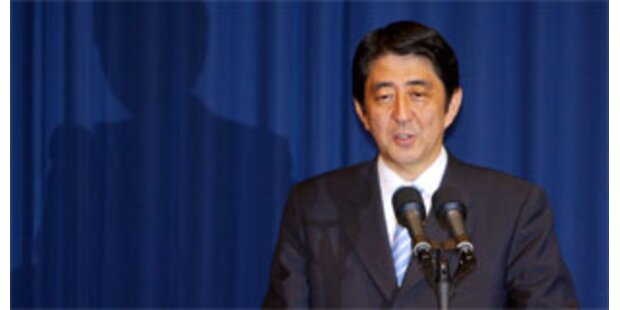 Japans Premier bildet Regierung um