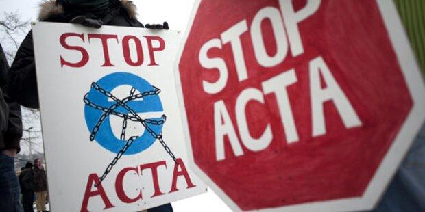 Innenministerium setzt ACTA aus