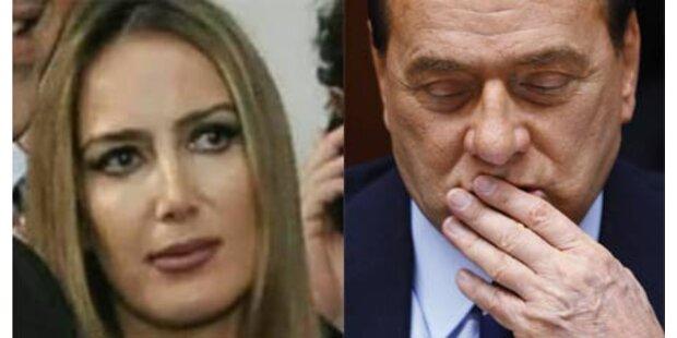Berlusconi mags in seinem großen Bett