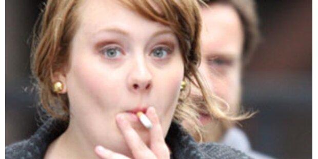 Adele muss sich vor jedem Konzert übergeben