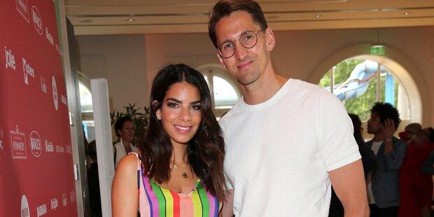 Ex-Nationaltorwart Adler und Aktrice Hollunder werden Eltern