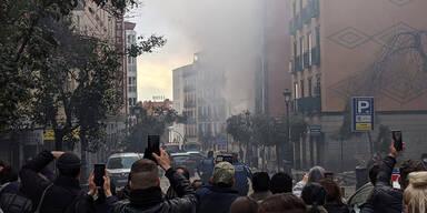 Explosion in Madrid - mehrstöckiges Gebäude zerstört