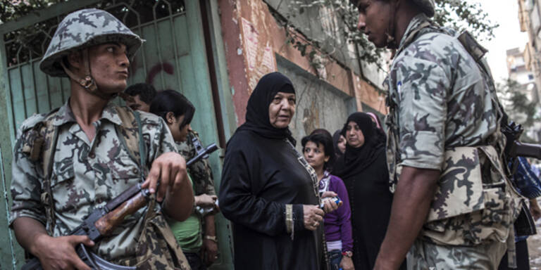 Militär übernimmt Macht in Ägypten