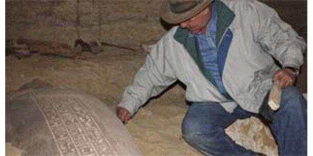 Ägyptische Archäologen entdecken 30 Mumien