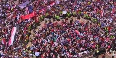 Massenproteste gegen Präsident Mursi