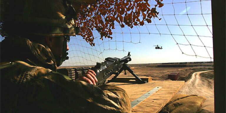 In Afghanistan sind derzeit 30.000 ausländische Soldaten stationiert. (c)AP