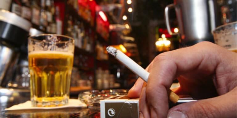 Weg zum Klo darf durch Raucherraum führen