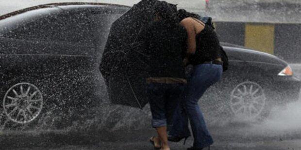 Tropensturm tötet 18 Menschen