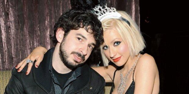 Aguilera, Cox & Co.: Trennungsjahr 2010