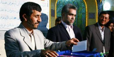 Irans Konservative erreichen Mehrheit