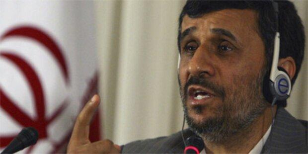 Ahmadinejad gibt USA Schuld für 9/11
