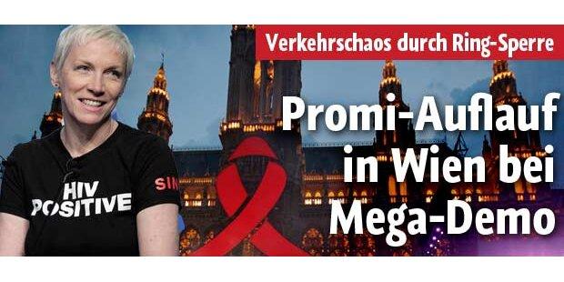Mega-Demo mit Promis in Wien